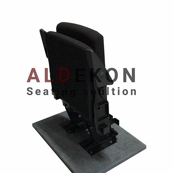 auto-teleskopik-katlanir-tribun-koltugu-1
